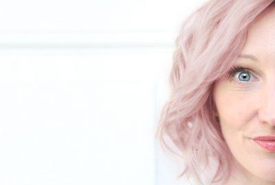 Tanja Viet pink hair